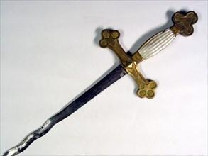 Epée flamboyante de vénérable en acier trempé