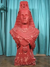 Allégorie féminine ou figure d'Isis maçonnique en plâtre
