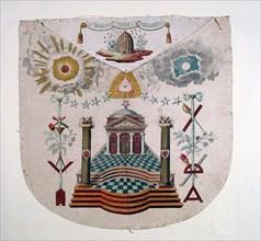 Tablier de Maître, décor au temple sur deux pavés mosaïques