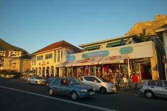 De la Harpe, Restaurants et pubs à Camps Bay