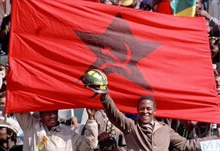 Rassemblement du Parti communiste sud-africain à Soweto en 1990