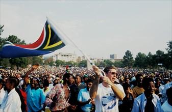 Rassemblements lors du discours inaugural de Nelson Mandela à Prétoria en mai 1994