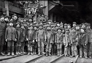 Child labour in the USA; 1911. South Pittston, Pa. Breaker boys