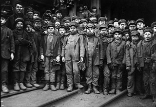 Group of Breaker Boys at work