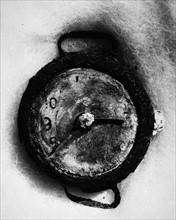 A watch stopped at 08:15 AM found in Hiroshima 1945