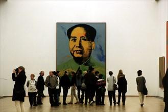 Portrait de Mao par Warhol, à Berlin