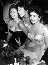 Gina Lollobrigida, Sofia Loren et Yvonne de Carlo en 1954
