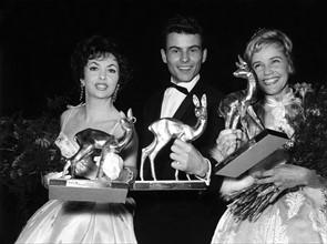 Gina Lollobrigida, Horst Buchholz et Maria Schell en 1958