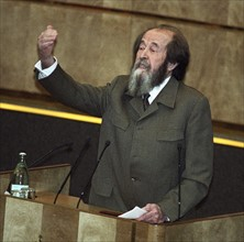 Alexandre Soljenitsyne à la tribune de la Douma, 1994