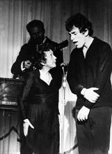 Edith Piaf sur scène avec Théo Sarapo