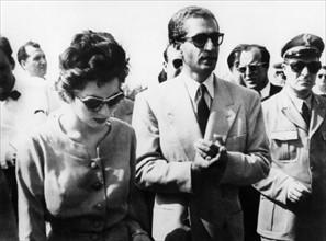 Mohammed Reza Shah Pahlavi et sa seconde épouse la princesse Soraya Esfandiary
