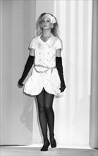 Claudia Schiffer, 1990