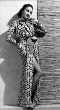 Mannequin portant un modèle signé Schiaparelli