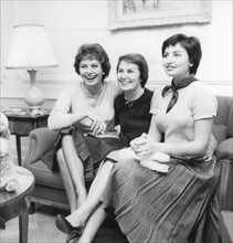 Sophia Loren avec sa mère Romilda Scicolone et sa soeur Maria