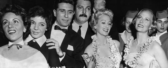 """Première du film """"Destinées """" de Jean Delannoy, à Paris (1954)"""