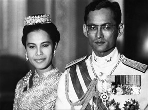Le Roi Bhumidol Adulyadej et la Reine Sirkit