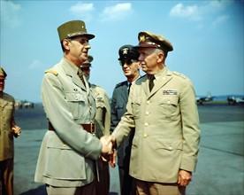 Les généraux Charles de Gaulle et George Marshall, 1945