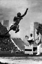 Jesse Owens, 1936