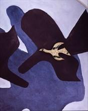 Braque, Tithonos, Broche en or jaune, oeil rubis et émail vert