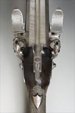 Fusil de chasse à silex ayant appartenu au maréchal Brune (détail)