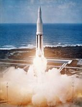 Lancement de la fusée Saturn I, 1961