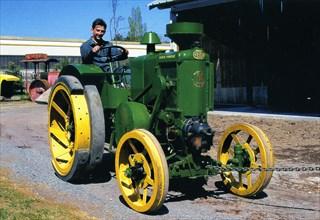 Tracteur Vierzon H1 de 1936