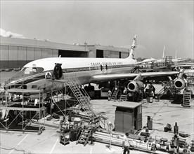 Construction du Douglas DC-8 en 1958