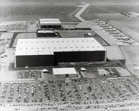 Usine d'assemblage des avions commerciaux Lockheed à Palmdale, 1971