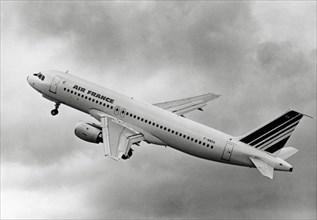 Airbus A320 en vol d'essai, 1987