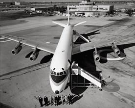 Avion de ligne Douglas DC-8, 1961
