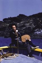 Portrait Vélasquezien de Dali dans sa barque au cap de Creus