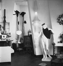 L'atelier de Salvador Dalí, 1956