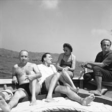Isidro Bea, Salvador Dalí, Gala et Arturo Caminada,