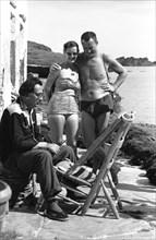 Salvador Dali, Eleanor and Reynolds Morse à Port Lligat, 1959