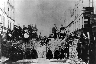 The Paris Commune - barricade in the rue de Charonne - 1871