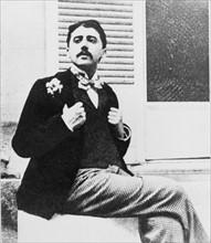 Marcel Proust in the garden of Reynaldo Hahn