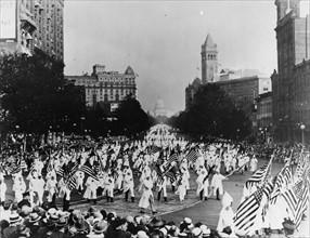 La marche du Ku Klux Klan à Washington en 1926