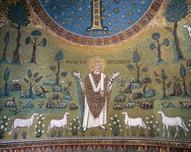 Basilica of Sant'Apollinare in Classe, Ravenna, Mosaic of the apse