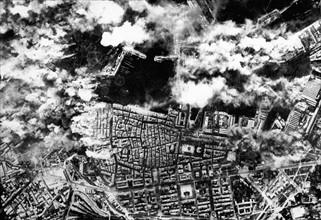 Bombardement du port de Toulon (France, 24 novembre 1943)