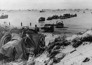 Déchargement de matériel sur Utah Beach (juin 1944)