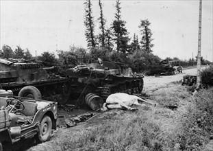 Route de Carentan en Normandie (juin 1944)