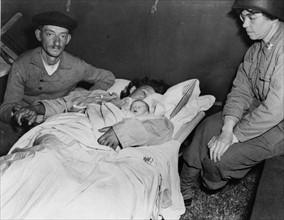 Premier bébé né dans un hôpital de campagne américain du Cotentin (Juin 1944)