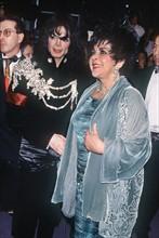Michael Jackson Hand in Hand mit Liz Taylor