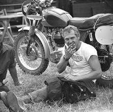 Der Hollywood-Star Steve McQueen aus den USA nahm 1964 an der ...