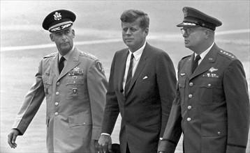 Le Président John F. Kennedy lors d'une visite à Hanau en 1963