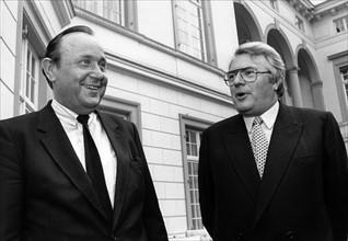 Hans-Dietrich Genscher et Pierre Mauroy