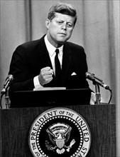 John F. Kennedy fordert stärkerer Berlin-Politik von Bonn
