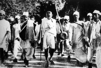 Gandhi pendant la Marche du Sel en 1930