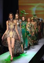Haute-Couture-Modenschauen in Paris - Jean Paul Gaultier
