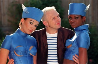 BIZARRE SUNGLASSES  JEAN-PAUL GAULTIER French Fashion Designer With two...
